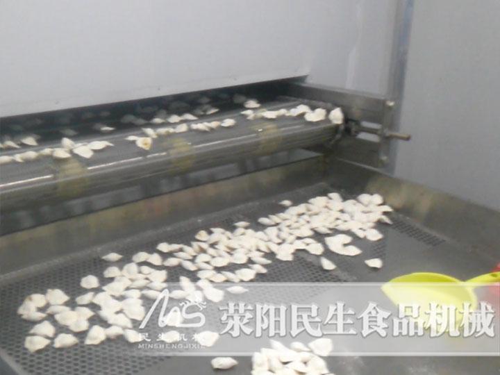 八小时生产三吨的饺子速冻隧道生产线多少钱